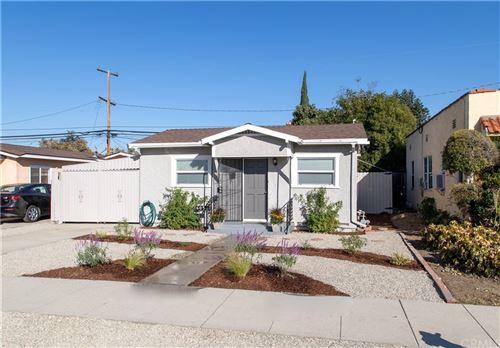 Photo of 6054 Myrtle Avenue, Long Beach, CA 90805 (MLS # PW21230597)