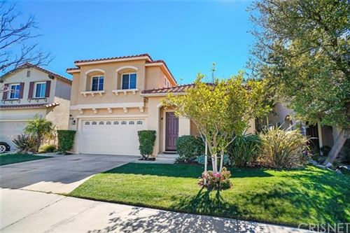 Photo of 17146 Crest Heights Drive, Canyon Country, CA 91387 (MLS # SR21039597)