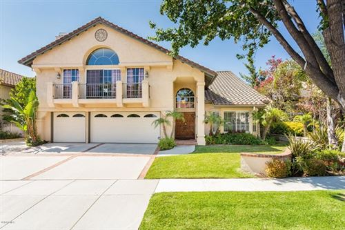 Photo of 665 Azure Hills Drive, Simi Valley, CA 93065 (MLS # 220008598)