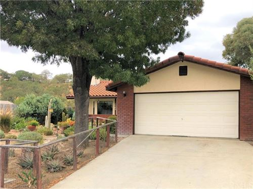 Photo of 1743 Hogan Place, Paso Robles, CA 93446 (MLS # NS20225598)