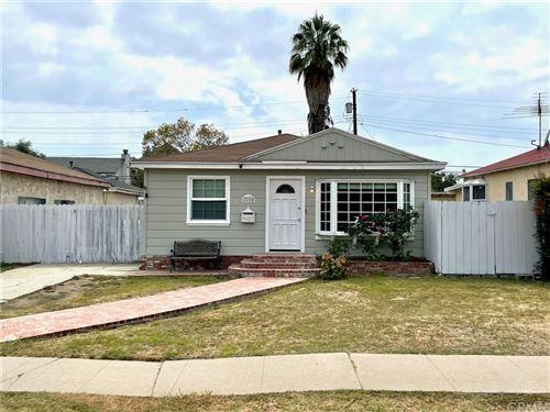 Photo of 2225 Amherst Avenue, Los Angeles, CA 90064 (MLS # OC21194598)