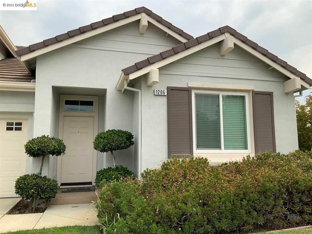 Photo of 1206 Picadilly Ln, Brentwood, CA 94513 (MLS # 40960598)