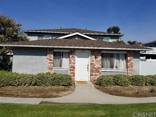 Photo of 28099 Robin Avenue, Saugus, CA 91350 (MLS # SR20218599)