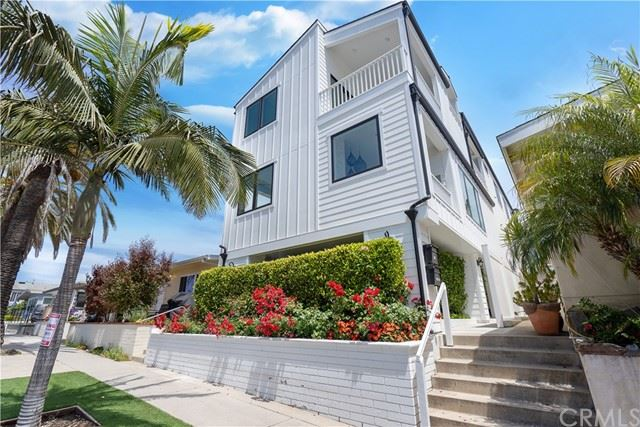 Photo of 302 1/2 Marguerite Avenue, Corona del Mar, CA 92625 (MLS # OC21102599)