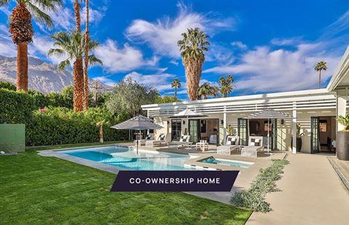 Photo of 470 E Avenida Olancha, Palm Springs, CA 92264 (MLS # 219056315DA)