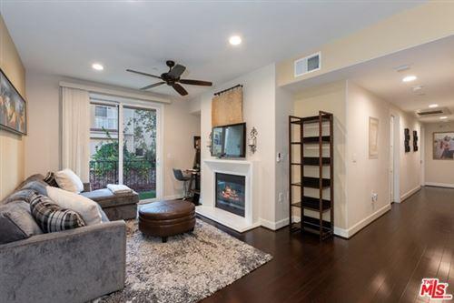 Photo of 14412 Killion Street #208, Sherman Oaks, CA 91401 (MLS # 21683600)