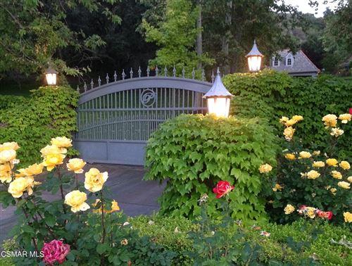 Photo of 600 E Carlisle Road, Thousand Oaks, CA 91361 (MLS # 221005600)