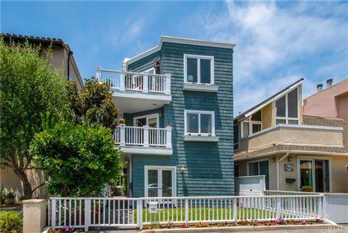 Photo of 429 31st Street, Manhattan Beach, CA 90266 (MLS # SB20118600)