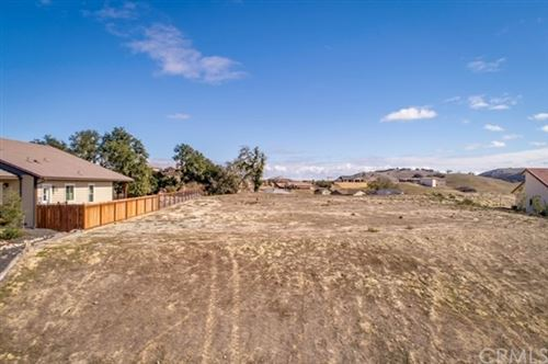 Photo of 3435 Timberline Drive, Paso Robles, CA 93446 (MLS # NS20050601)