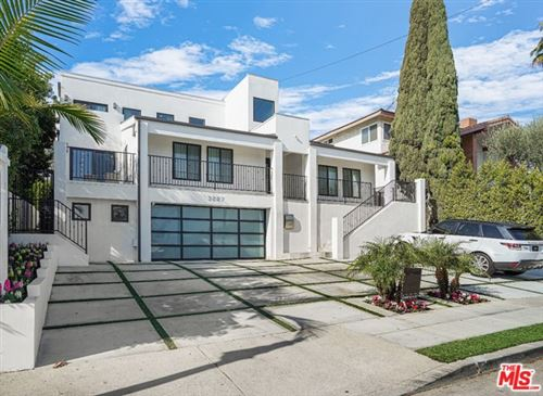 Photo of 3227 SHELBY Drive, Los Angeles, CA 90034 (MLS # 20546602)