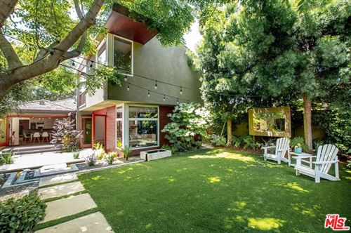 Photo of 3586 OCEAN VIEW Avenue, Los Angeles, CA 90066 (MLS # 20576602)