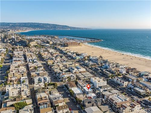 Photo of 427 Manhattan Avenue, Hermosa Beach, CA 90254 (MLS # SB20167602)