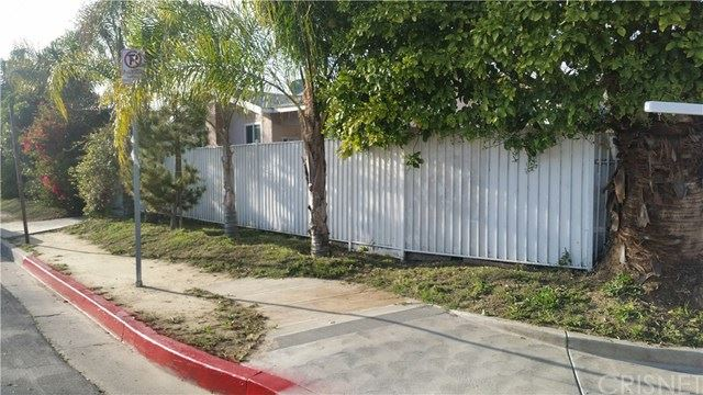 Photo for 6901 Variel Avenue, Canoga Park, CA 91303 (MLS # SR19053602)