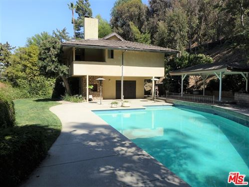Photo of 1601 Lindamere Place, Los Angeles, CA 90077 (MLS # 21736604)