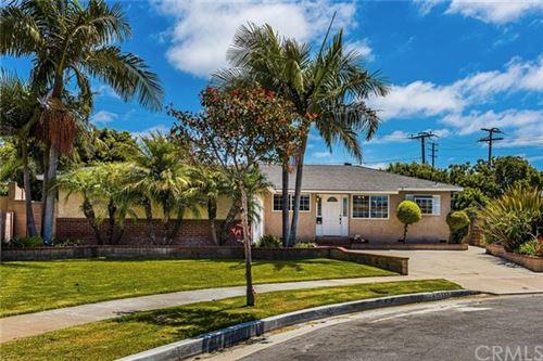 Photo of 15932 Hummingbird Lane, Huntington Beach, CA 92649 (MLS # PW20151604)