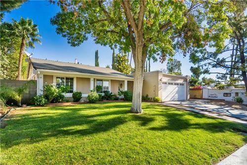 Photo of 22943 Posada Drive, Valencia, CA 91354 (MLS # SR20214604)