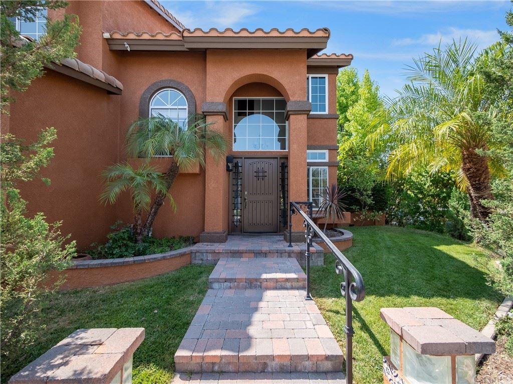 Photo of 1 Tambour Place, Lake Forest, CA 92610 (MLS # OC21159604)