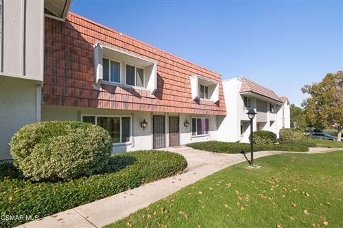 Photo of 278 Green Lea Place, Thousand Oaks, CA 91361 (MLS # 221005605)