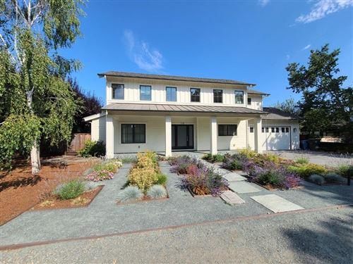 Photo of 718 La Para Avenue, Palo Alto, CA 94306 (MLS # ML81855605)