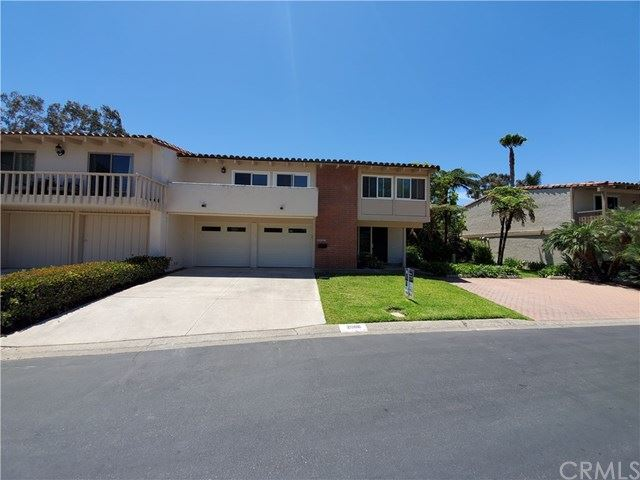 Photo for 2006 Vista Cajon, Newport Beach, CA 92660 (MLS # OC19176605)