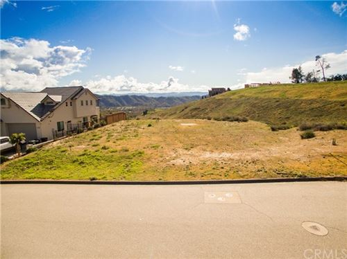 Photo of 3360 Timberline Drive, Paso Robles, CA 93446 (MLS # NS21052606)