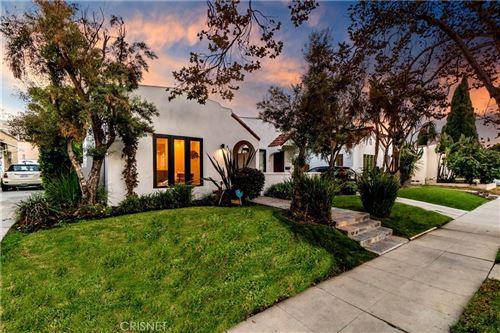 Photo of 816 N Mansfield Avenue, Hollywood, CA 90038 (MLS # SR20223606)
