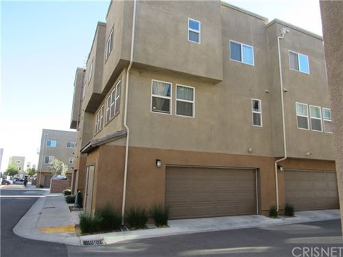 Photo of 12739 N Watt Lane #D, Sylmar, CA 91342 (MLS # SR21011606)