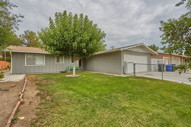14235 Arrowhead Drive, Victorville, CA 92395 - #: 527606