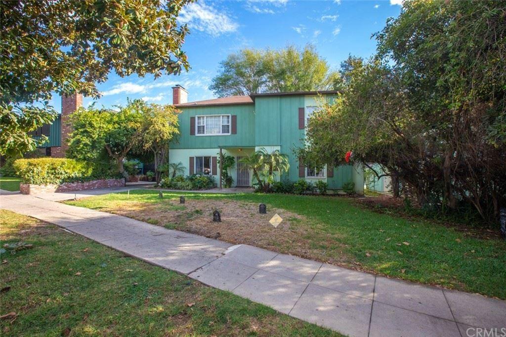 Photo of 3250 Rowena Avenue, Los Angeles, CA 90027 (MLS # RS20232606)