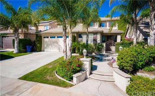 Photo of 28982 Garnet Canyon Drive, Saugus, CA 91390 (MLS # SR20135607)