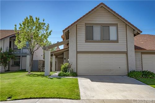Photo of 15902 Rosehaven Lane, Canyon Country, CA 91387 (MLS # SR21078607)