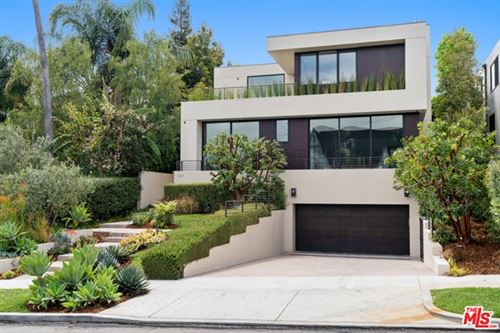 Photo of 1411 Woodruff Avenue, Los Angeles, CA 90024 (MLS # 21723608)