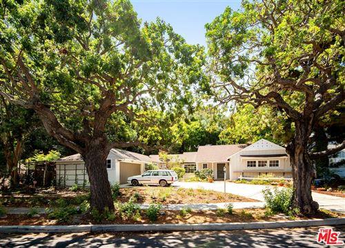 Photo of 2671 Anchor Avenue, Los Angeles, CA 90064 (MLS # 21781608)