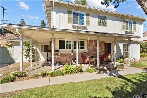 Photo of 9548 Frankirst Ave, Northridge, CA 91343 (MLS # SR21230608)