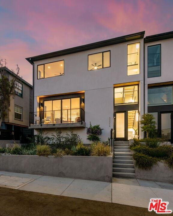 3227 1\/2 ROWENA Avenue, Los Angeles, CA 90038 - MLS#: 21783608
