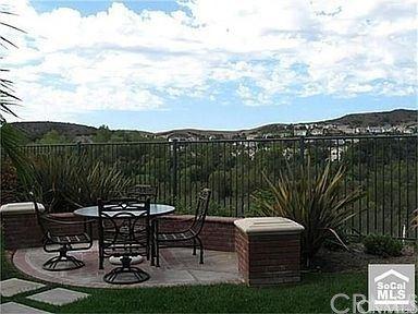 Photo of 17 Douglas Drive, Coto de Caza, CA 92679 (MLS # OC21095609)