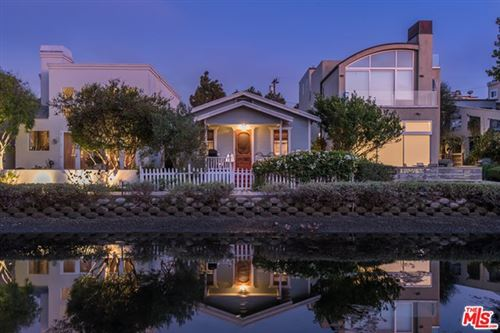Photo of 412 HOWLAND CANAL, Venice, CA 90291 (MLS # 20580610)