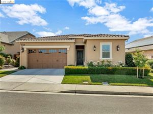 Photo of 1667 PINOT PL, Brentwood, CA 94513 (MLS # 40869610)