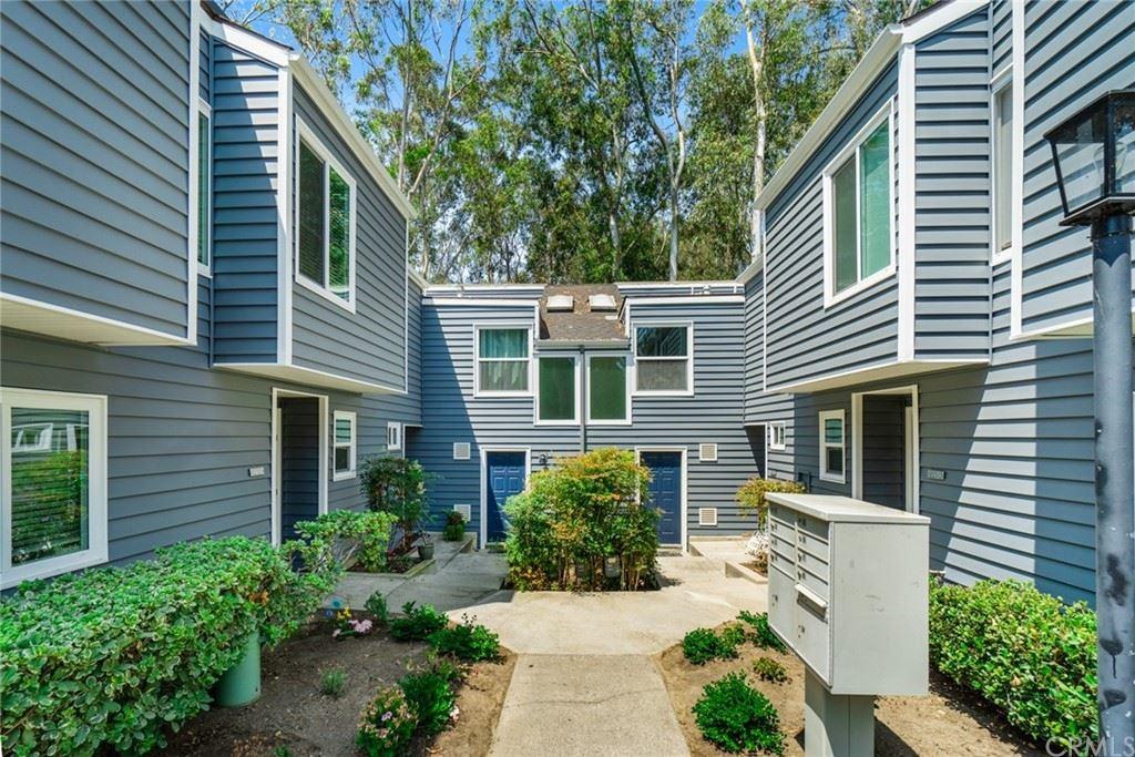Photo of 22317 Vista Verde Drive, Lake Forest, CA 92630 (MLS # OC21156610)