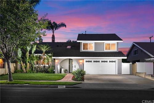 Photo of 16302 Magellan Lane, Huntington Beach, CA 92647 (MLS # OC21159611)