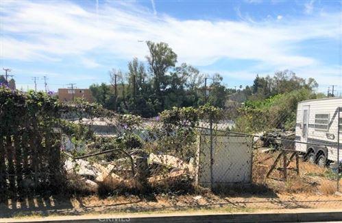 Photo of 408 Warren Lane, Inglewood, CA 90301 (MLS # PW18212611)