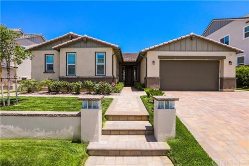 Photo of 25154 Cypress Bluff Drive, Canyon Country, CA 91387 (MLS # SR20243611)