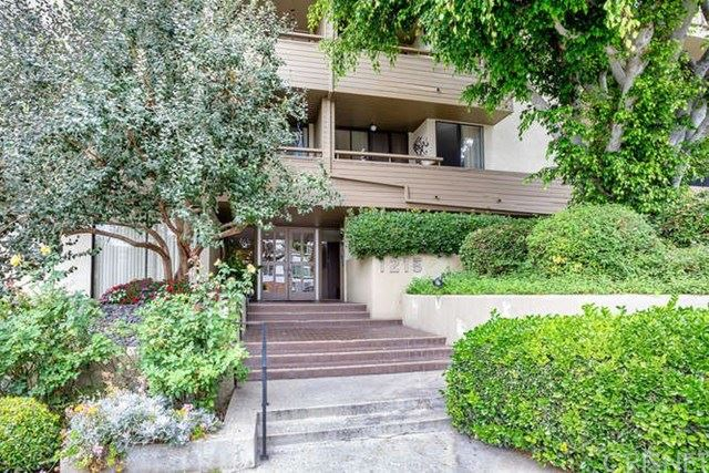 Photo of 1215 N Olive Drive #307, West Hollywood, CA 90069 (MLS # SR20159611)