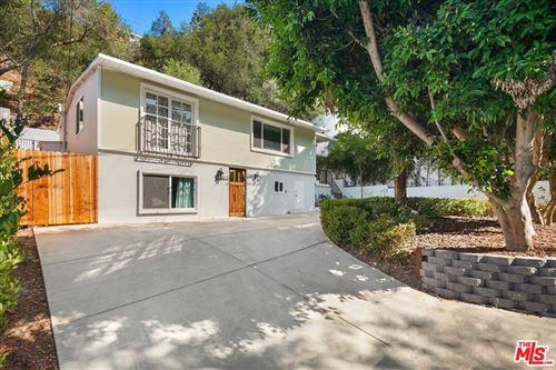 Photo of 8876 Wonderland Avenue, Los Angeles, CA 90046 (MLS # 21763612)