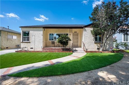 Photo of 1421 N Niagara Street, Burbank, CA 91505 (MLS # BB20065612)