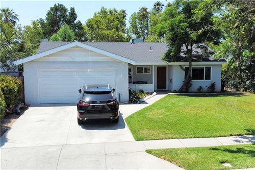 Photo of 23914 Welby Way, West Hills, CA 91307 (MLS # SR21158612)