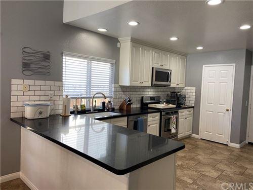 Photo of 14037 Silver Creek Way, Victorville, CA 92392 (MLS # CV21076613)