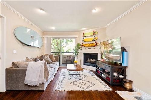 Photo of 5515 Canoga Avenue #106, Woodland Hills, CA 91367 (MLS # SR21146613)
