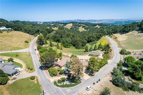 Photo of 8950 Balboa Road, Atascadero, CA 93422 (MLS # NS20089614)