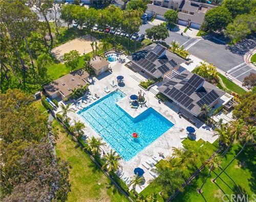 Tiny photo for 19728 Seashore Circle, Huntington Beach, CA 92648 (MLS # OC20131614)